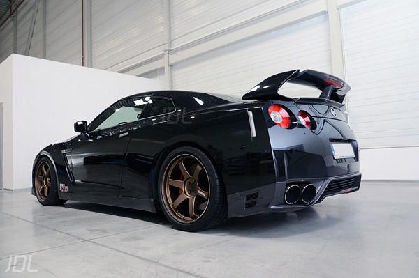 Tommy Kaira Nissan GTR Spoiler